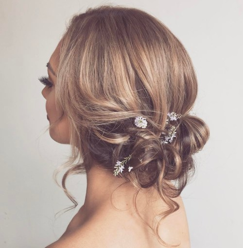 15 Diverse Homecoming Hairstyles for Srt, Medium and Long Hair