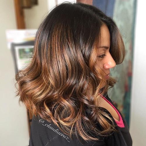 Wavy Balayage Hairstyle For Brunettes