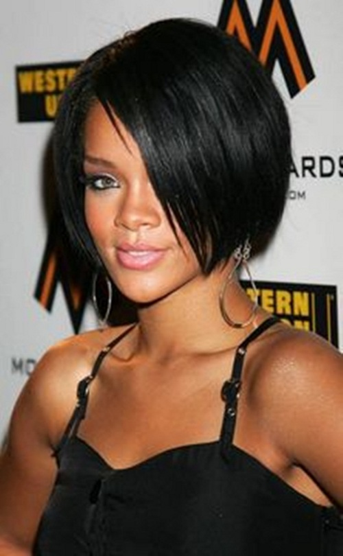 Rihanna short bob without bangs