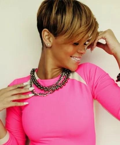 Strange 15 Heart Stopping Looks Featuring Rihanna39S Short Hairstyles Short Hairstyles Gunalazisus