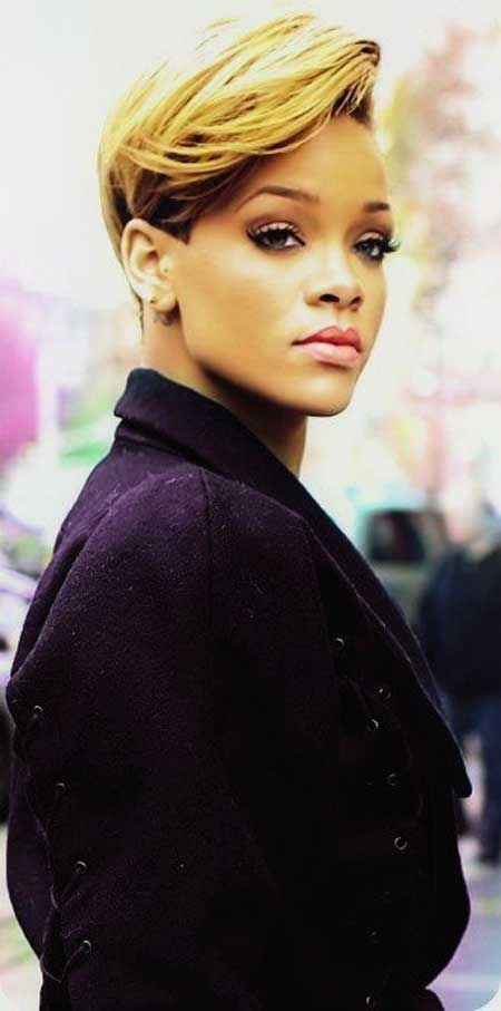 Sensational 15 Heart Stopping Looks Featuring Rihanna39S Short Hairstyles Short Hairstyles Gunalazisus