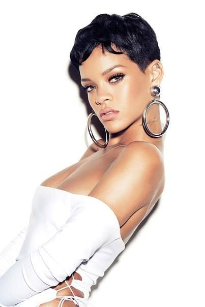 Remarkable 15 Heart Stopping Looks Featuring Rihanna39S Short Hairstyles Short Hairstyles For Black Women Fulllsitofus