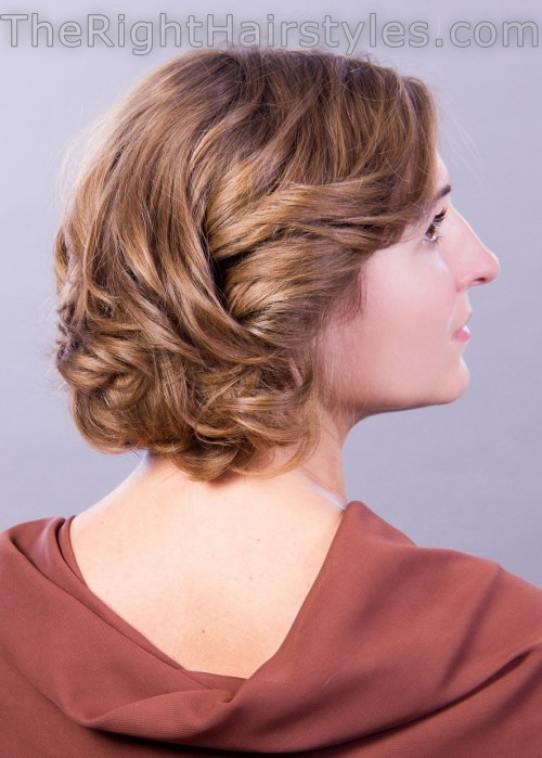 curly hairstyle for short thin hair