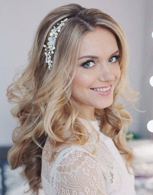 long loose wedding hairstyle