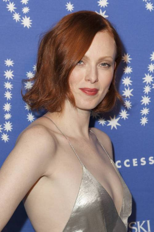 Karen Elson red bob hairstyle