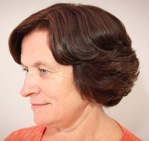 older women's short bob for wavy hair