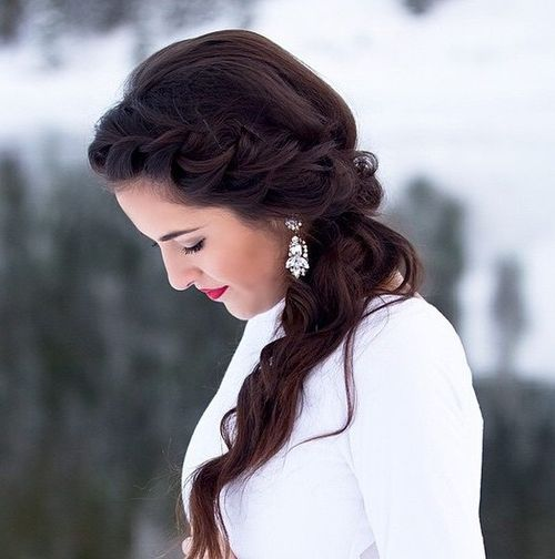 side wavy ponytail with a braid