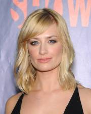 inspiring medium blonde hairstyles