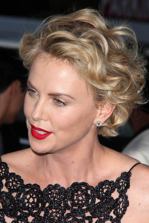 Fine 50 Trendiest Short Blonde Hairstyles And Haircuts Hairstyles For Women Draintrainus