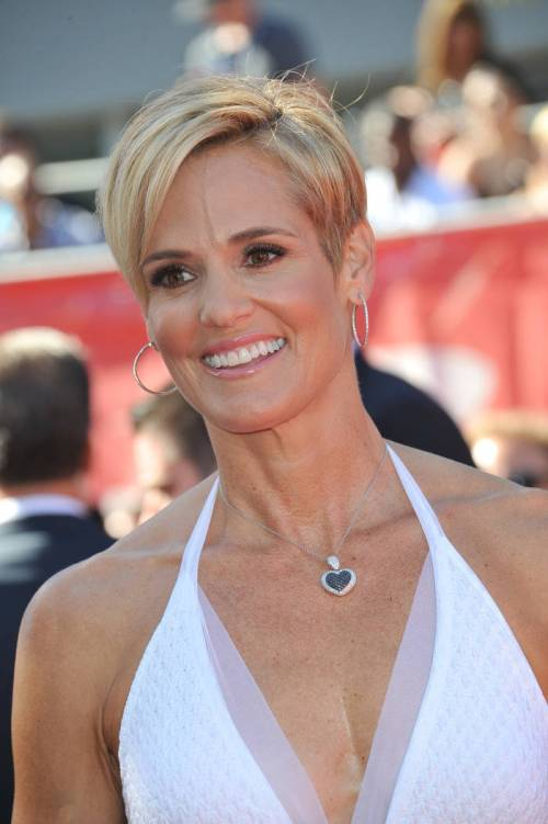 Magnificent 50 Trendiest Short Blonde Hairstyles And Haircuts Hairstyles For Women Draintrainus