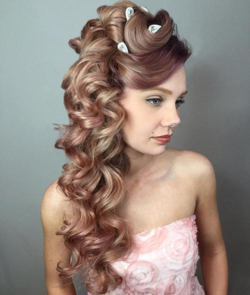 Side Curly Hairstyle For Long Hair