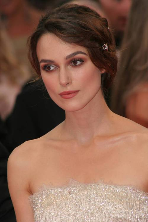 Keira Knightley short updo hairstyle for new years eve