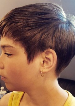short layered haircut for girls