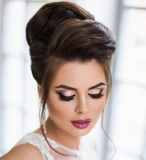 Beehive Hairstyles For Wedding: 40 Chic Wedding Hair Updos For Elegant Brides