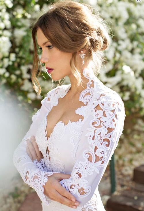 messy bridal updo
