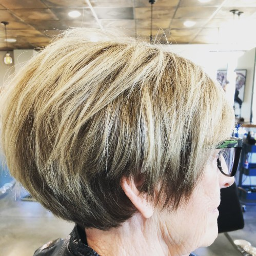70+ Two-Tone Pixie Bob for Thick Hair