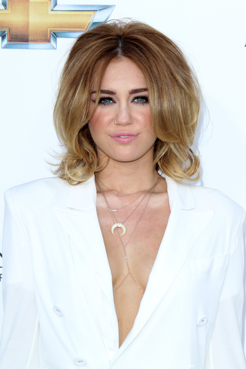 Miley Cyrus Medium Wavy Formal Hairstyle - Golden Blonde ... |Miley Cyrus Shoulder Length Hair 2012