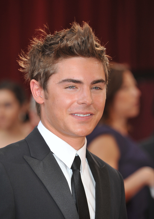 Zac Efron messy hairstyle