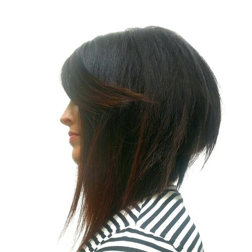 sharply angled inverted bob