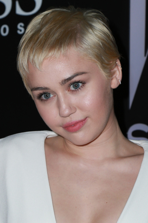 40 Short Pixie Haircuts Femininity And Practicality