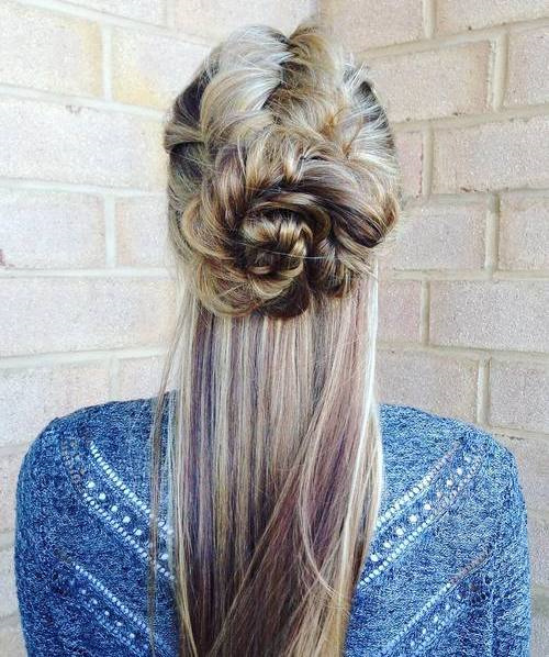 Messy Half Updo With Two Knots