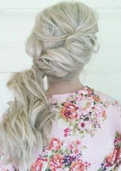 wavy side blonde ponytail
