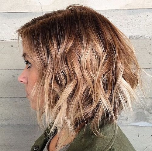 disconnected wavy ombre bob