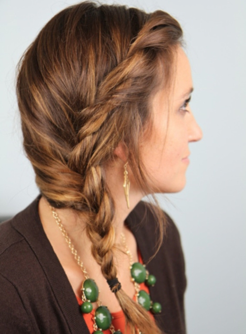 messy side braid hairstyle
