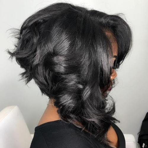Wavy Black Stacked Bob For Thick Hair