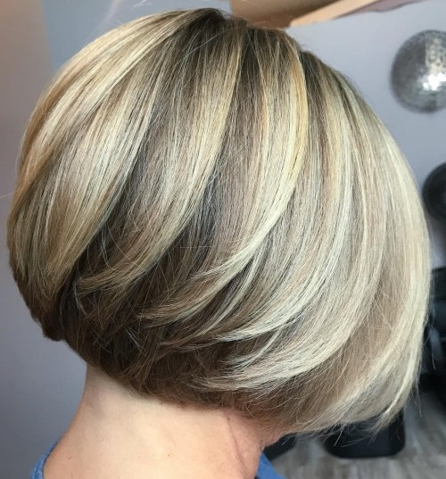 Short Layered Two-Tone Bob