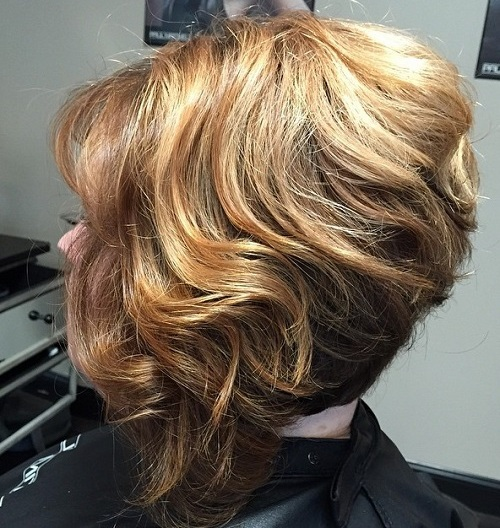 stacked bob haircut for thick curly hair