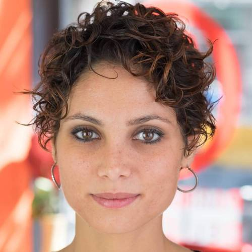 pixie haircut styles for curly hair 30 standout curly and wavy pixie cuts 5186