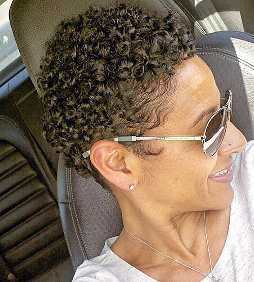 Groovy 20 Standout Curly And Wavy Pixie Cuts Short Hairstyles For Black Women Fulllsitofus