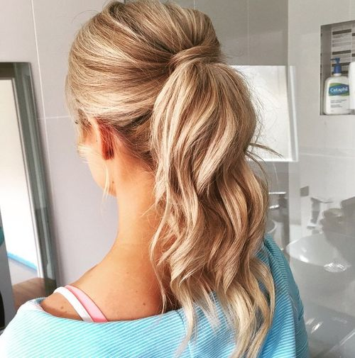 blonde wavy ponytail for balayage hair