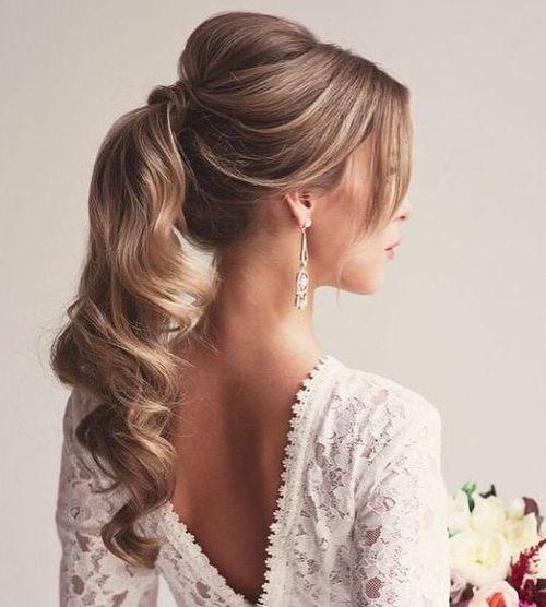 Enjoyable 20 Eye Catching Ways To Style Curly And Wavy Ponytails Short Hairstyles Gunalazisus