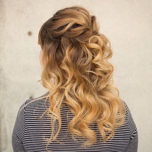 Soft Romantic Curls In A Half Up Style: 40 Easy And Chic Half Ponytails For Straight, Wavy And