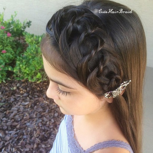 knotted headband hairstyle