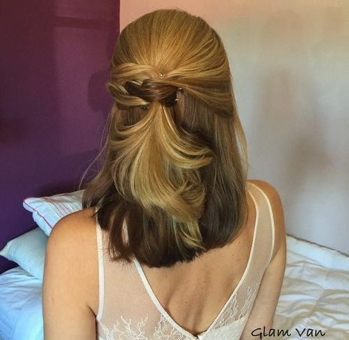 lovely half-up hairstyle for medium hair