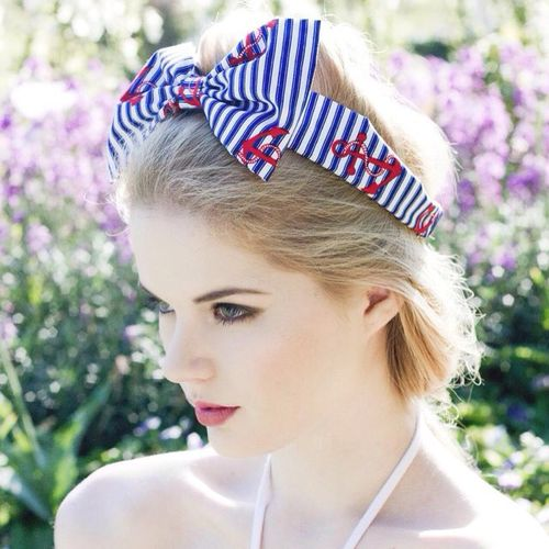 blonde hair with a bow headband