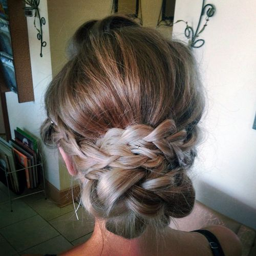 loose braided chignon