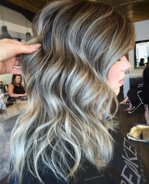 Brown Wavy Hairstyle With Gray Highlights