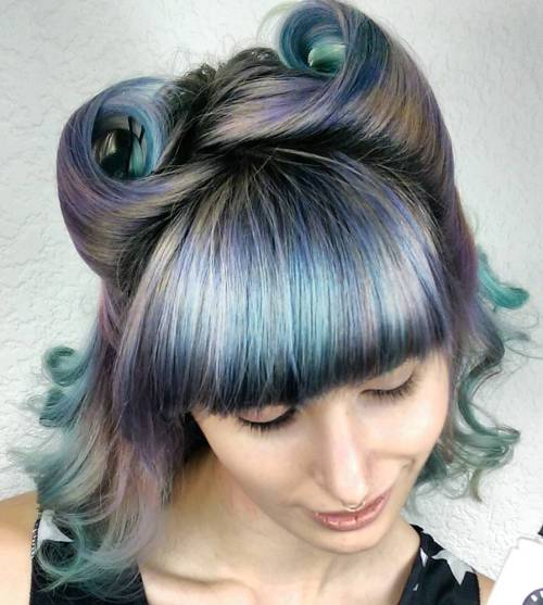 Pin Up Hairstyle For Pastel Hair