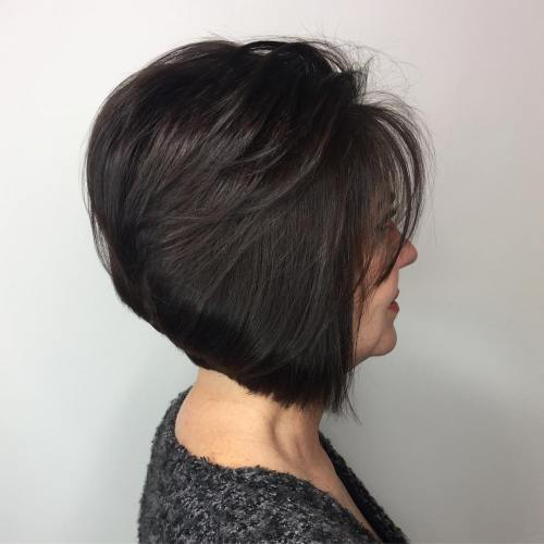 Voluminous Inverted Brunette Bob