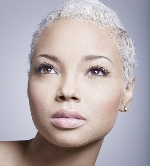 Get Platinum Blonde with Natural Hair Whitener