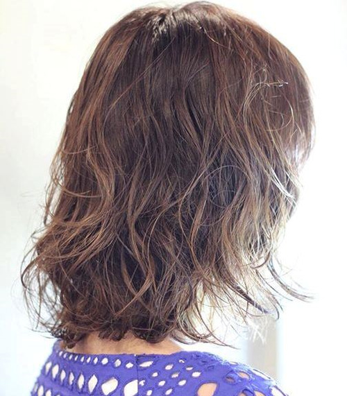 medium length wet hairstyle