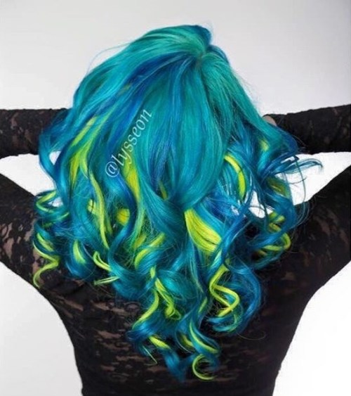 Blue Green Hair With Yellow Highlights