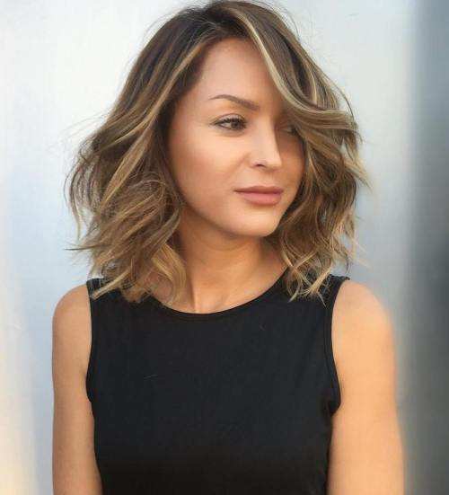 Wavy Long Bob With Lowlights