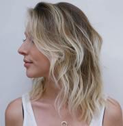 styles with medium blonde hair
