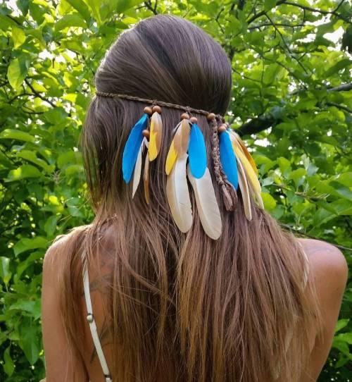 Straight Hair With Feathered Headband