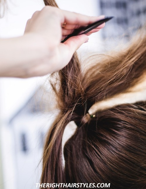 How to Do a High Ponytail: Step 4